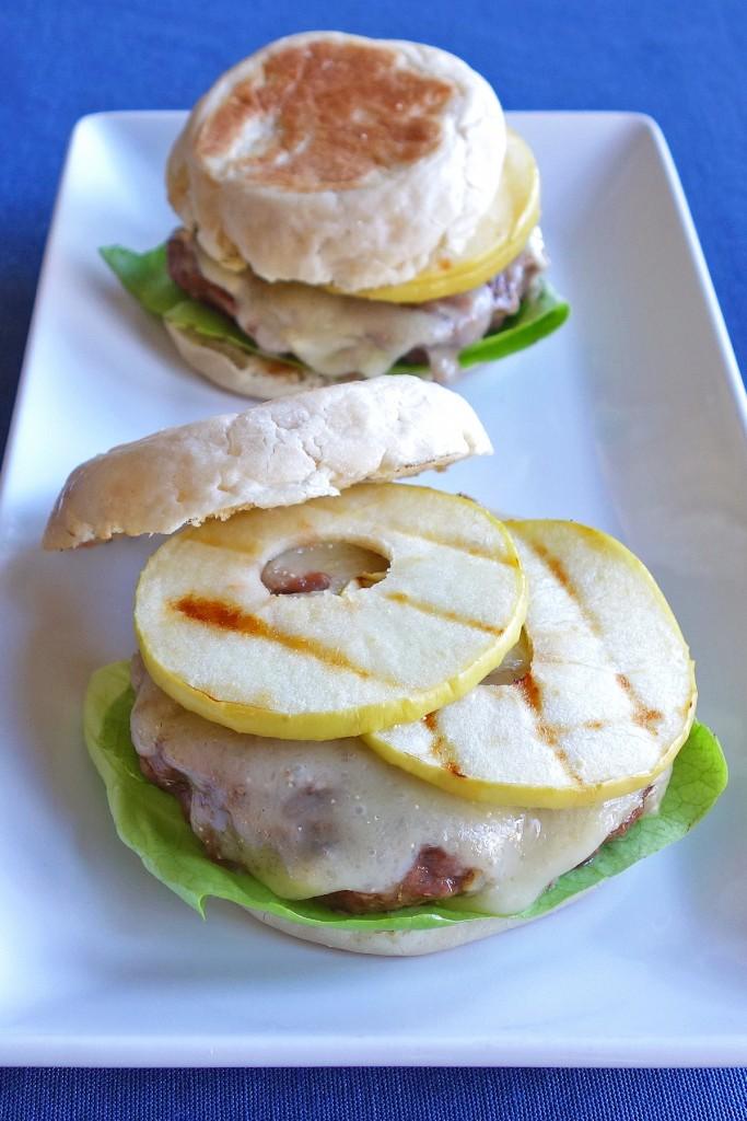 Green Apple and Brie Burgers   burgerartist.com